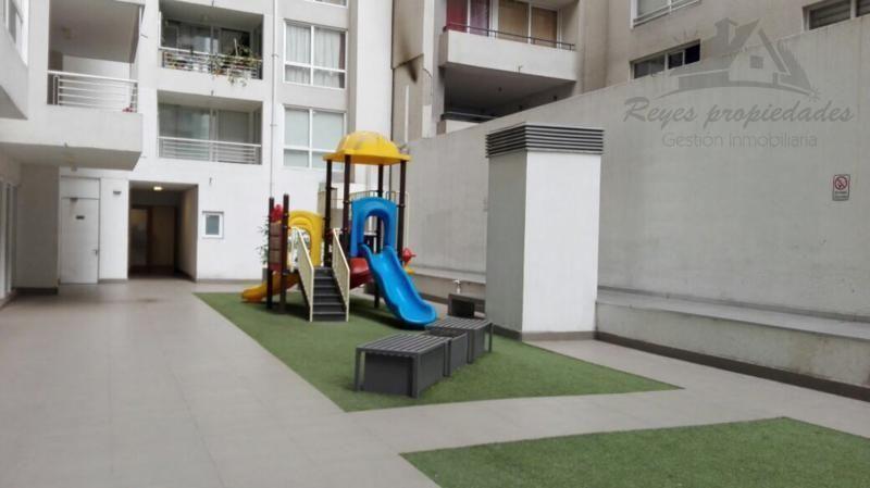 Excelente departamento con estacionamiento,  Pleno Santiago Centro
