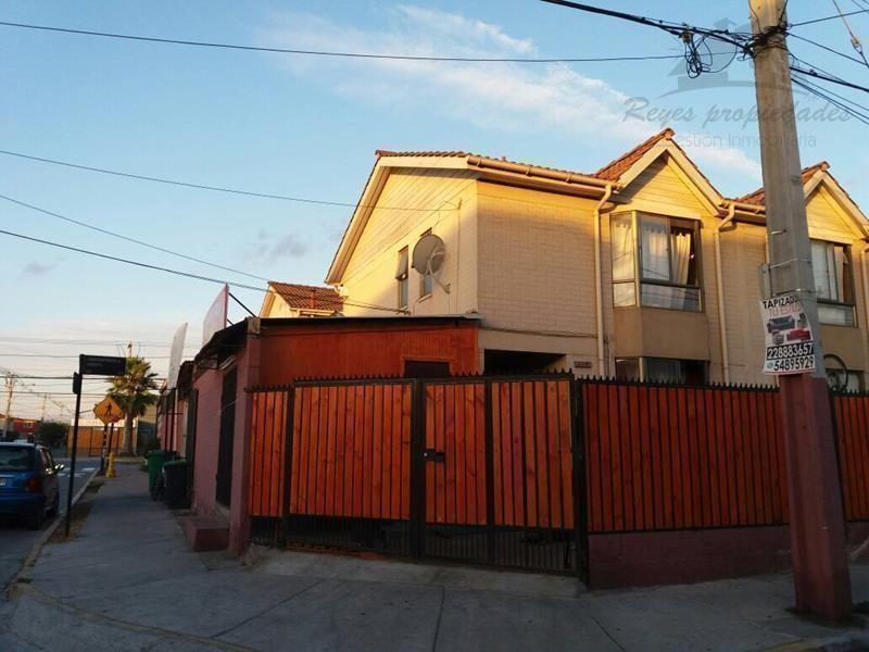 Amplia propiedad con 2 locales, El abrazo, Maipú