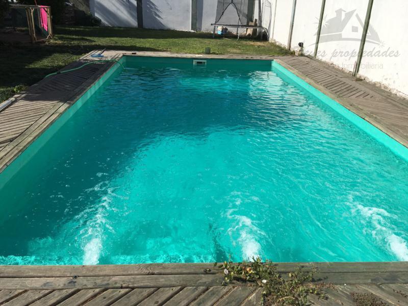 Espectacular casa con piscina 648 mts2 maip reyes for Piscina kennedy
