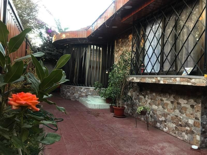 Espectacular casa a pasos del metro Lo Ovalle, La Cisterna